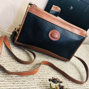 Dooney & Bourke‼️❤️vintage leather crossbody bag